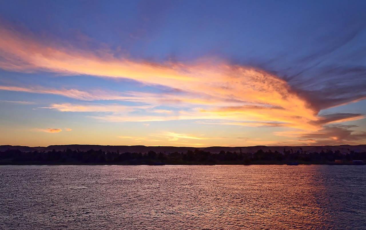 Egypt-Pur-Reisen-Sonnenuntergang-Assuan